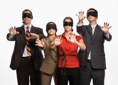 אנשי עסקים מגששים בחשכה אחר מילות מפתח שעכשיו הם Not Provided